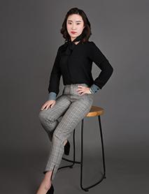 王雅雯-客服主管